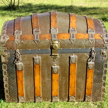 "36"" Victorian Romadka Brothers Senorita Barrel Top Trunk - Furniture"