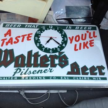 Walters beer sign/clock - Breweriana