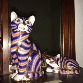 Royal Crown Derby Porcelain Cats by Scully & Scully - Animals