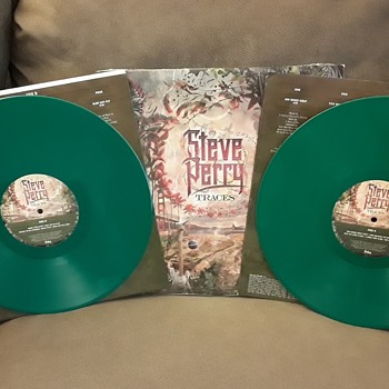 "Steve Perry ""Traces"" Third Edition Tree Green Deluxe Vinyl: Mistaken Solid Green Vinyl and Replacement Marble Vinyl. - Records"