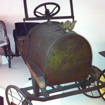 1900's pedal car? - Model Cars