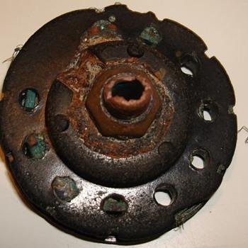 Mystery wheel item (metal detecting find)