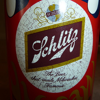 Pop Art Schlitz can jigsaw puzzle