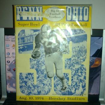 Big 33 FootBall YearBook 1974 - Football