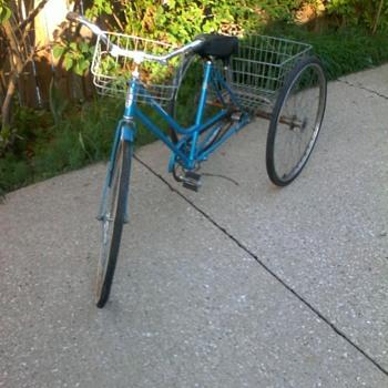 vintage Schwinn 3 wheeled conversion bicycle