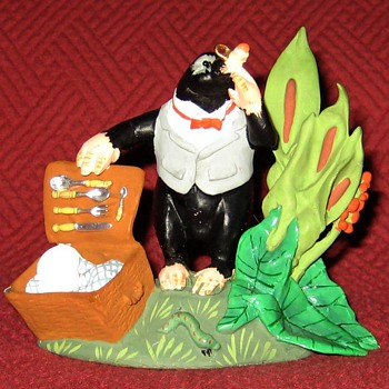 Mole-From The Wind In The Willows Series (Limited Edition) - Figurines
