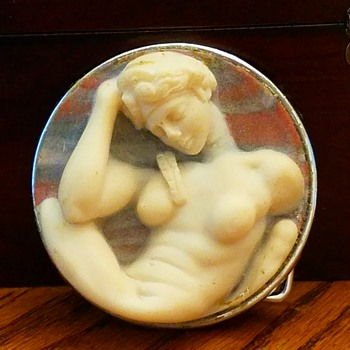 Large Full Body Cameo Belt Buckle my heart is melting!! - Fine Jewelry