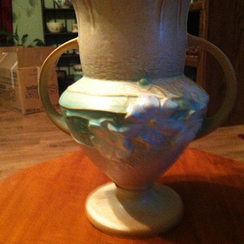 Roseville Cosmos - Pottery