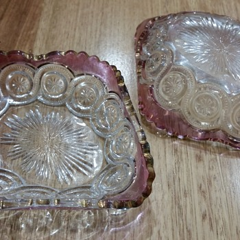 Pretty glass dishes - Glassware