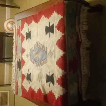 Hand made rug - Rugs and Textiles