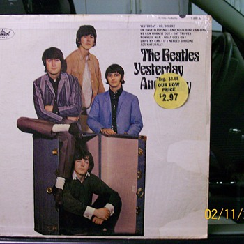 """Beatles Yesterday & Today "" Record Album"
