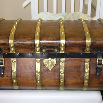 Jenny Lind with Brass Straps