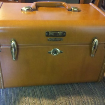 1953 Samsonite Train Case - Bags
