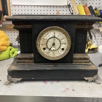 1904 New Haven Mantle clock  - Clocks