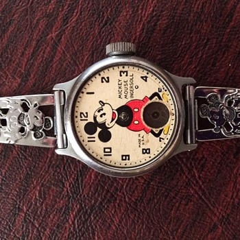 Mickey #1 Watch  1930   Missing arms and second disc (needs cleaning - Wristwatches