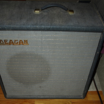 Deagan Tube Amplifier - Guitars