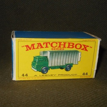 Monitoring Multiple Matchbox Monday MB 44 Refrigerator Truck 1967-1968 - Model Cars