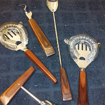 fancy wood handled 4pc. set of bar tools, +1 - Kitchen