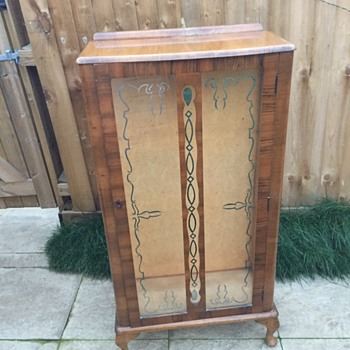 Oak and glass cabinet (1950's ??) - Furniture