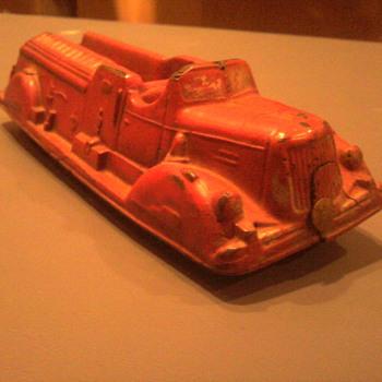 Old Auburn fire engine....   - Model Cars