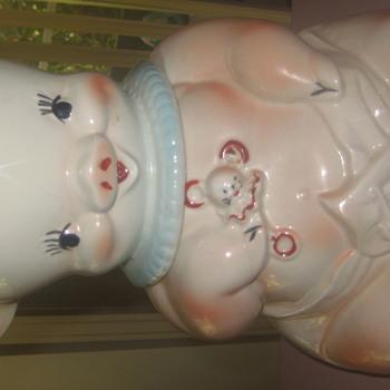 Diaper pig cookie jar - Kitchen
