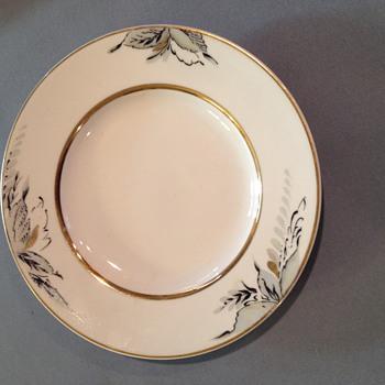 (UPDATE)  USSR plate unknown year.  Mfg. LOMONOSOV PORCELAIN - China and Dinnerware