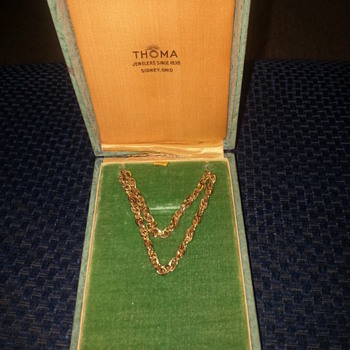Old mens jewlery piece from Thoma