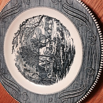Collectors Plate - China and Dinnerware