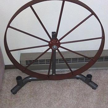 "24"" Wagon Wheel - Tools and Hardware"