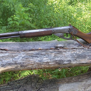 Vintage Early 1950s Red Ryder BB Gun - Sporting Goods
