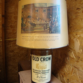 Old Crow Whiskey Lamp....
