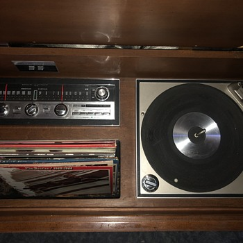 Recently Purchased Philco Radio Console - Electronics