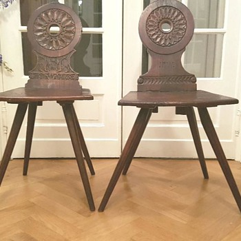 19th Century Scandinavian Spinning chairs ? - Furniture