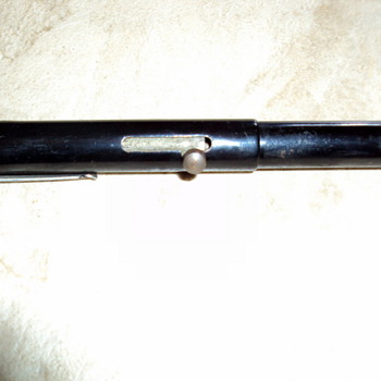 Old WW2 Era Tear Gas Pen - Military and Wartime