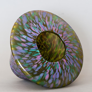 one iridescent vase - Art Glass