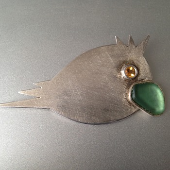 Angry little Robin bird  silver pin. - Fine Jewelry
