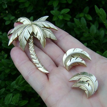 Trifari Palm Tree Brooch Set - Costume Jewelry