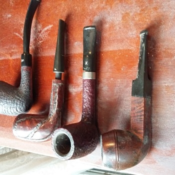 Much loved old pipes - Tobacciana