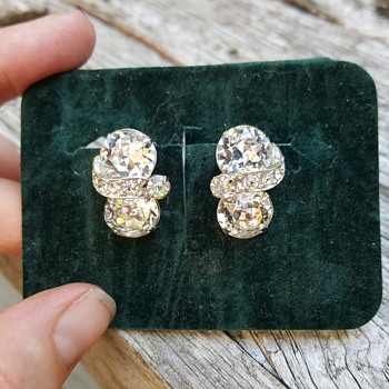 Eisenberg earrings - Costume Jewelry