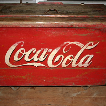 Antique coca cola ice chest - Coca-Cola