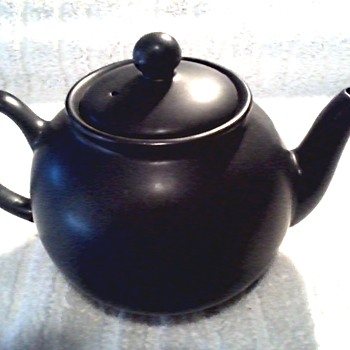 "Vintage ""Pristine Pottery Co."" English Staffordshire Teapot/Slate Grey Satin Finish 24oz./Circa 1980-90 - China and Dinnerware"