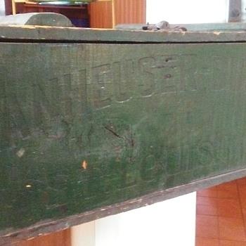 1917 Anheuser Busch Crate - Breweriana