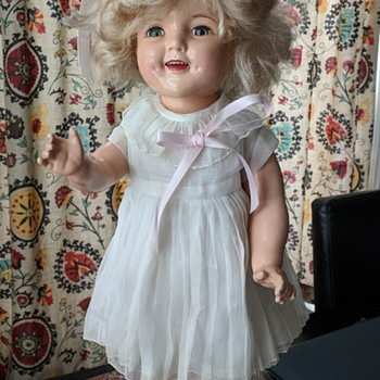 Shirley Temple doll. - Movies