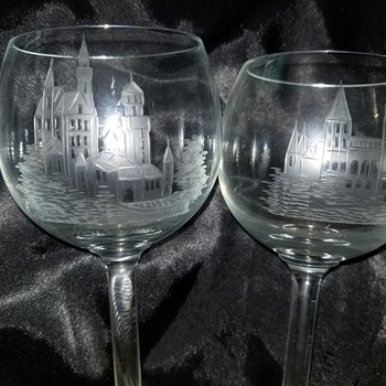 German Castles etchef wine glasses - Glassware
