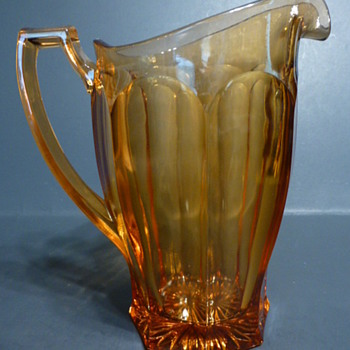 Westmoreland Line No 1776 Heavy Pressed Glass Colonial Arched Panel 40 oz Water Pitcher - Glassware