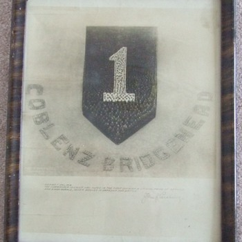 "WW1 1st Infantry Division Patch ""Living"" photograph c. 1919"
