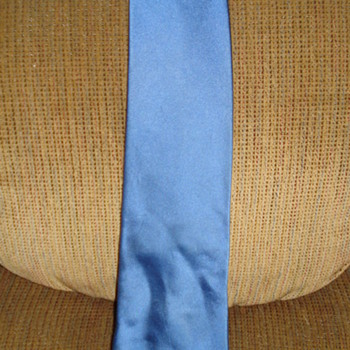 DONALD TRUMP SILK BLUE TIE Only Paid .99 cents - Accessories