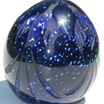 A Cathy Richardson paperweight created before she ever blew glass - Art Glass