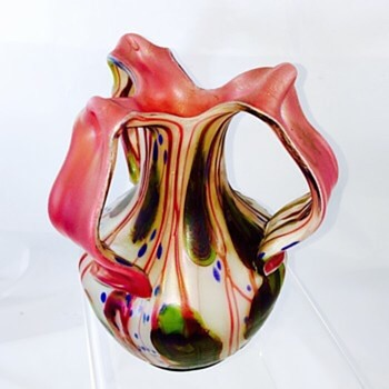 Glasfabrik Elisabeth (Pallme-König) Tri- Handle Vase, ca 1905 - Art Glass