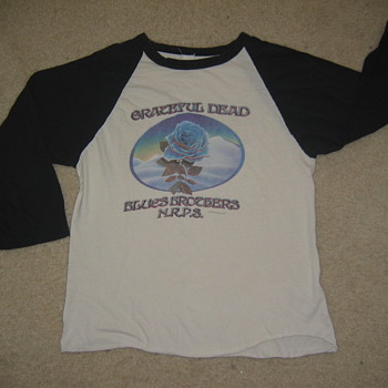 Closing of Winterland Jersey - Music Memorabilia